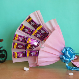 Bouquet of 10 dairy milk chocolates
