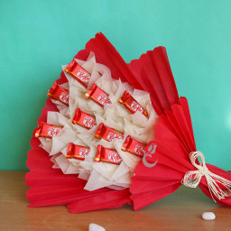Chocolate bouquet of 10 KitKat chocolates
