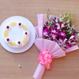 Combo Gift of 6 Purple Orchid and Half Kg Pineapple Cake