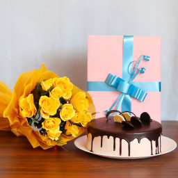 Gift Combo of 12 Yellow Roses Bunch with One greeting Card and Half Kg Chocolate Cake