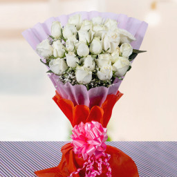20 White Rose Bouquet