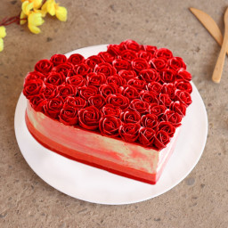 Heart-shaped Red Velvet Cake