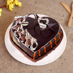Chocolate cake with heart shaped flakes