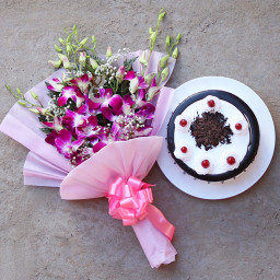 6 Purple Orchid Bouquet with Half kg Blackforest Cake Gift Combo