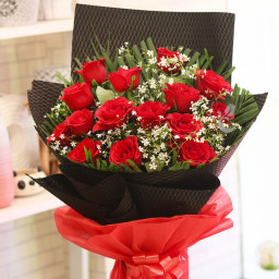 15 Red Roses Combo
